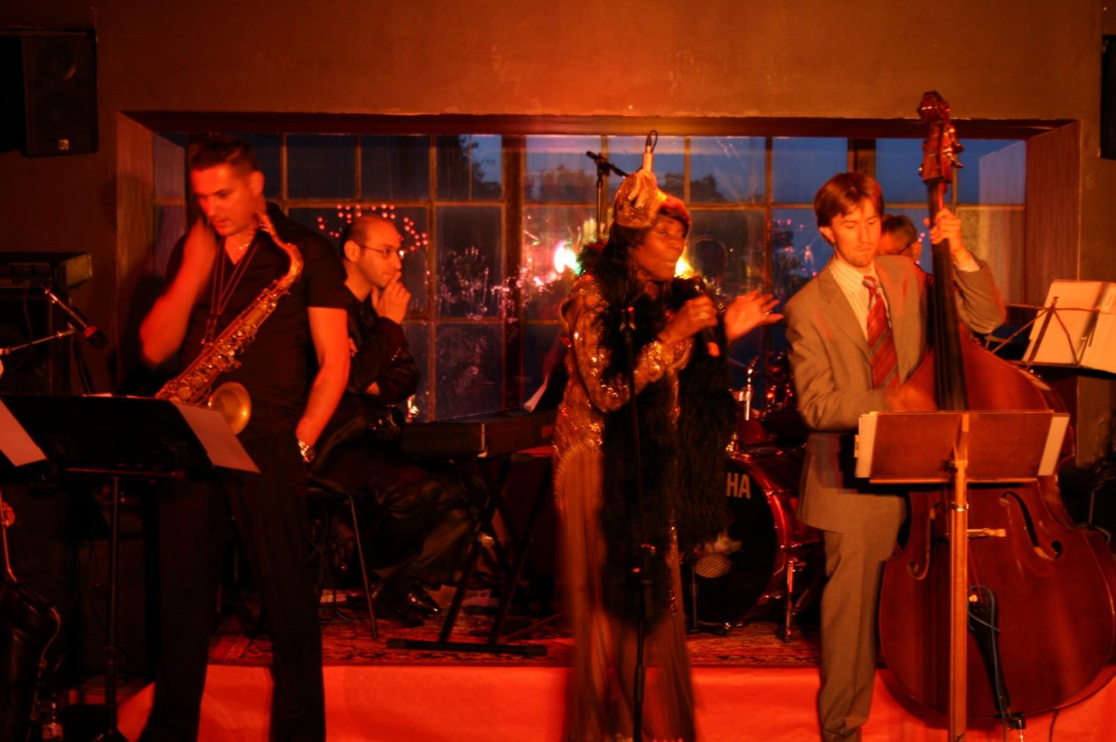 2012: Konzert Joan Bell