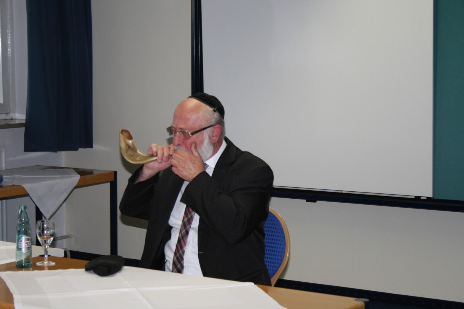 2014: Senior (Vortrag Rabbi Goldberg)