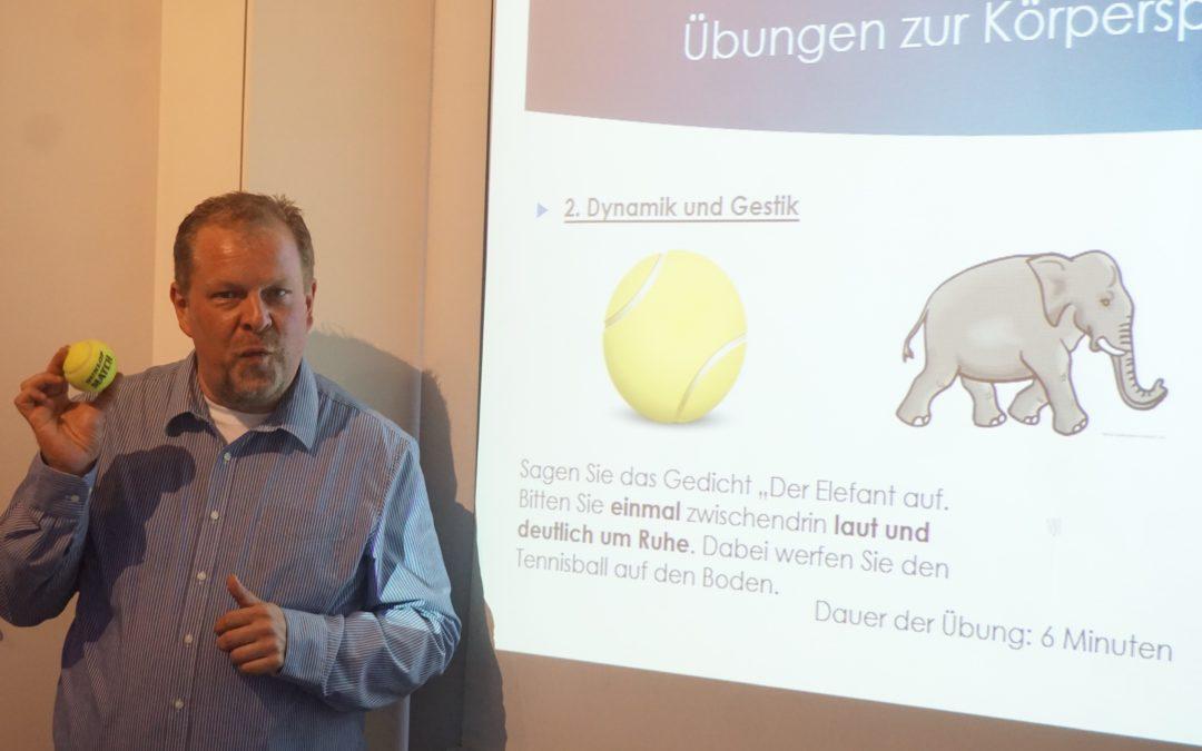 "Seminar ""Körpersprache"""